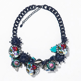 Zara necklace with geometric rhinestones